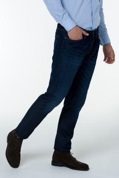 Džíny GANT G1. TAPERED BLUE TRAVEL JEAN